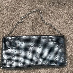 Style and Co chain mail clutch with chain handle